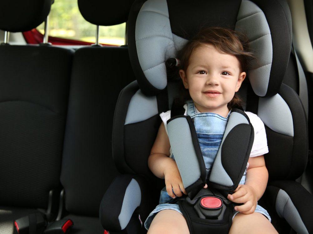 como-elegir-la-mejor-silla-de-coche-para-bebe-o-ninos