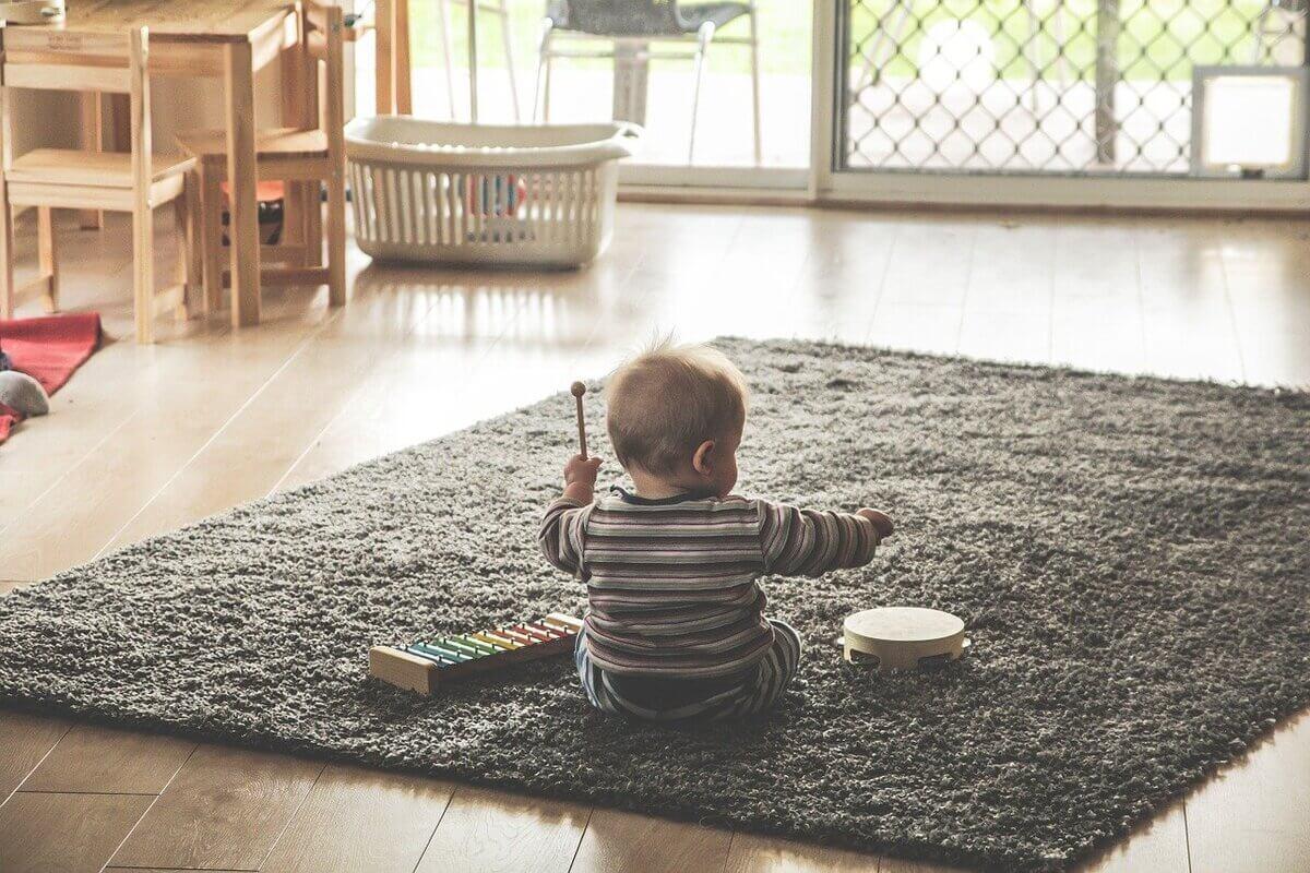 Juguetes interactivos para bebés de 6 a 12 meses
