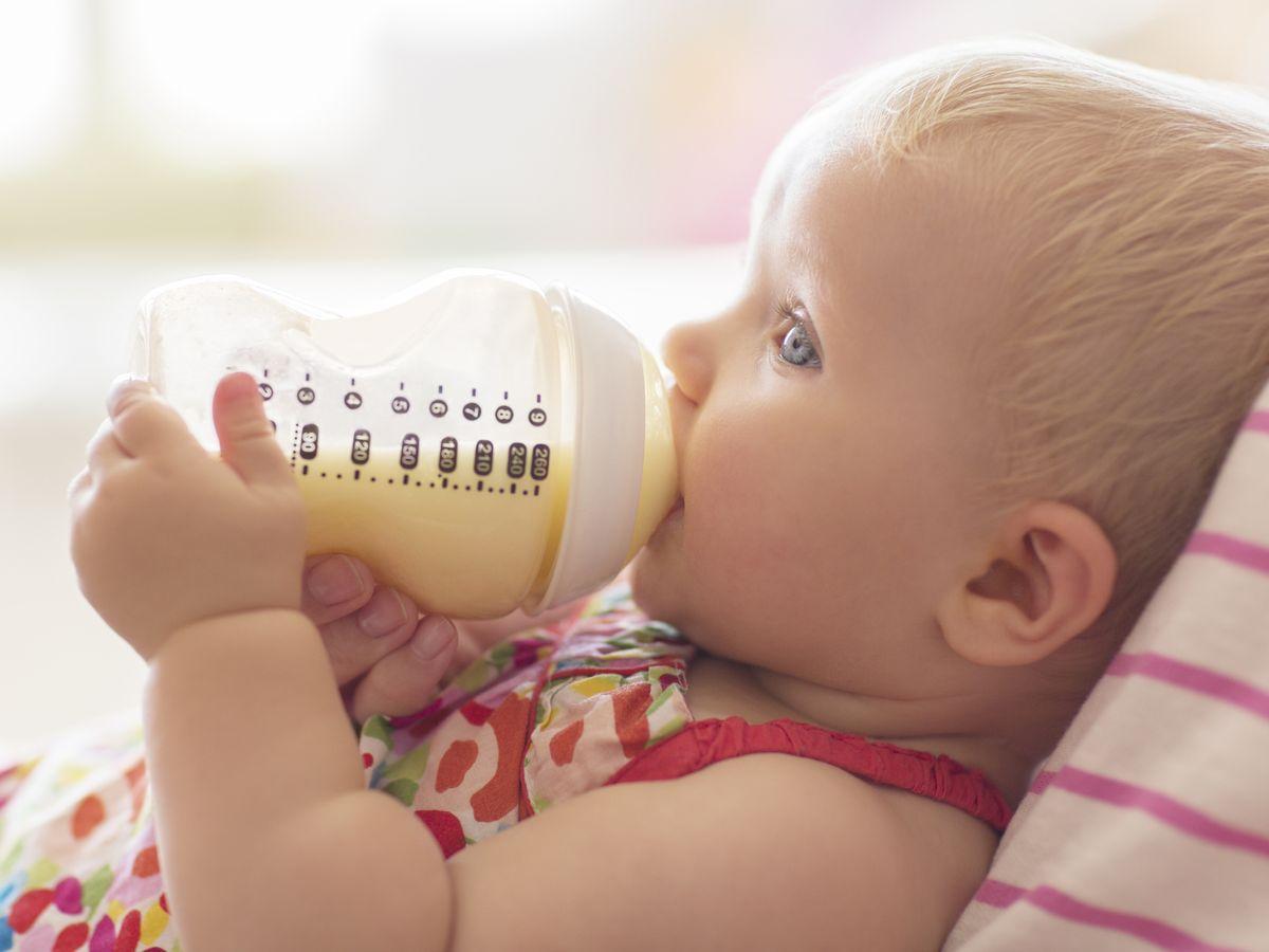 Cómo escoger el mejor biberón para tu bebé